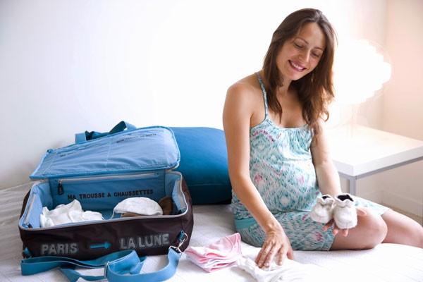1c29d33a63 La valigia per il parto, quando prepararla e cosa mettere